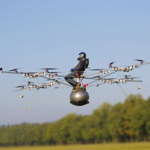 erster bemannter Multicopter Flug