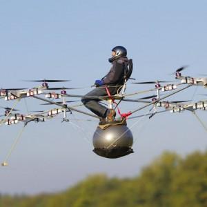 weltweit erster bemannter Multicopter Flug