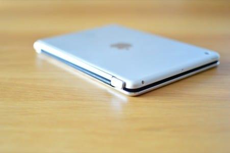 vergleich-ipad-mini-bluetooth-tastatur-cover-4-anker