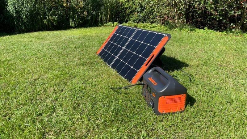 Jackery SolarSaga 100 mit Jackery Explorer 500